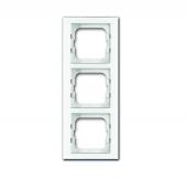 Рамка 3-постовая, серия axcent, цвет белое стекло 1723-280